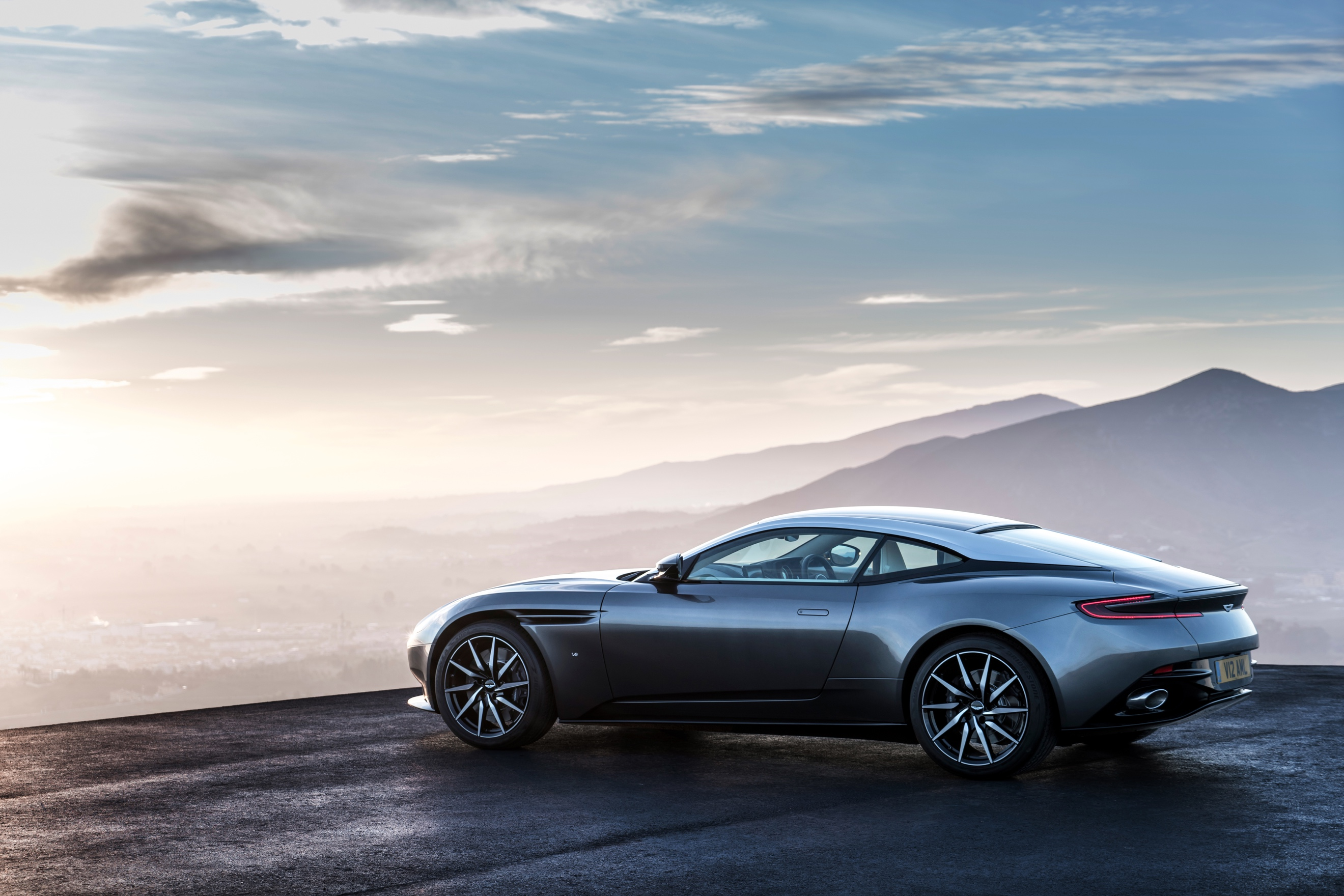 ../Press%20Kits/AstonMartin_DB11%20Press%20Kit%20-%20EMBARGO%2014/DB11%20Launch%20Photography%20(Registration%20Plate)/Aston%20Martin%20DB11_Embargo%20010316%201400CET_04.jpg